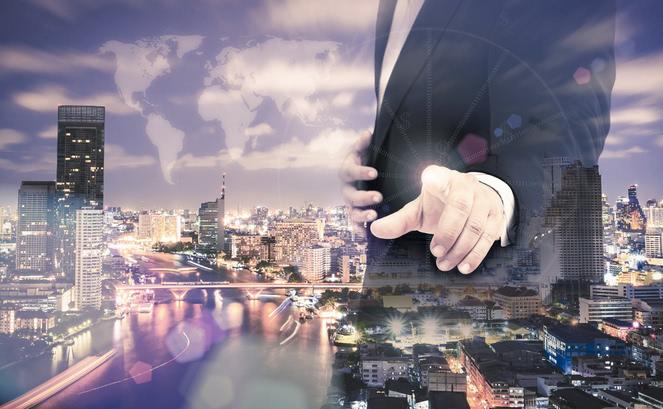 アメックス・ビジネス・プラチナ・カードは最高峰のビジネスカード